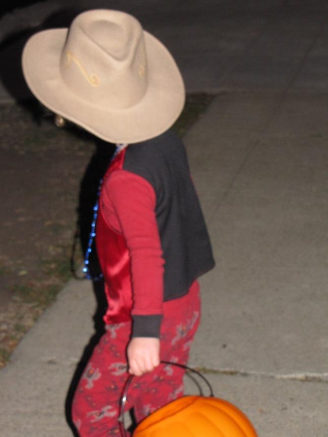 Cowboy spider vampire necklace extravaganza
